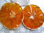 Orecchini con arancia, in resina
