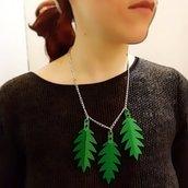 """Collana realizzata con foglie """"Lego"""""""