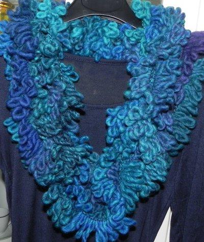 Sciarpa sciarpone collana toni dell'azzurro fatta a mano regalo infinity scarf
