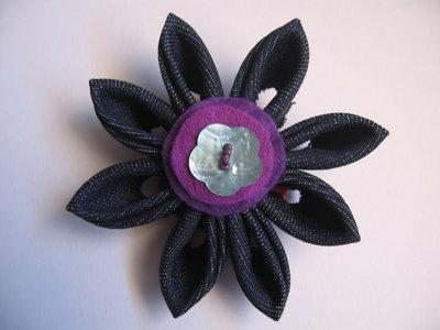 Spilla fiore in tessuto (3)