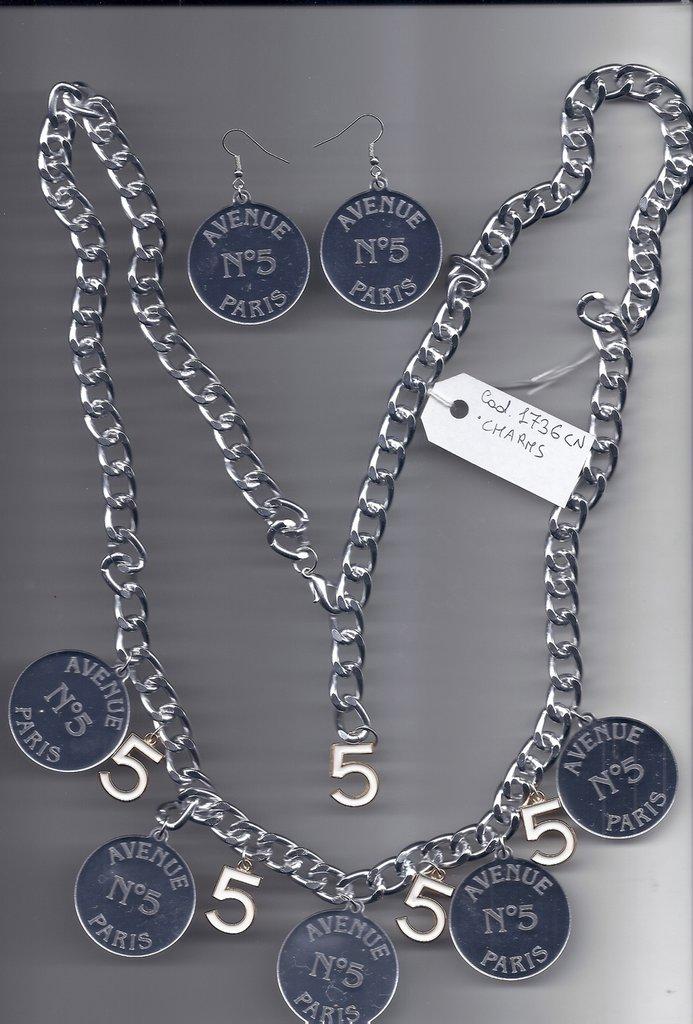 Cintura o collana catena e charms ed orecchini