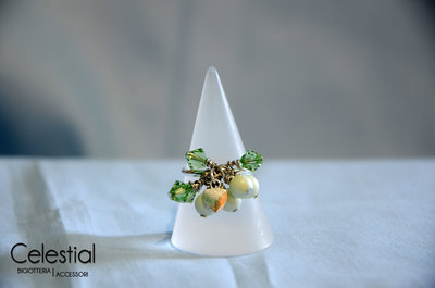 Anello con Biconi e Perle - Pastel Green