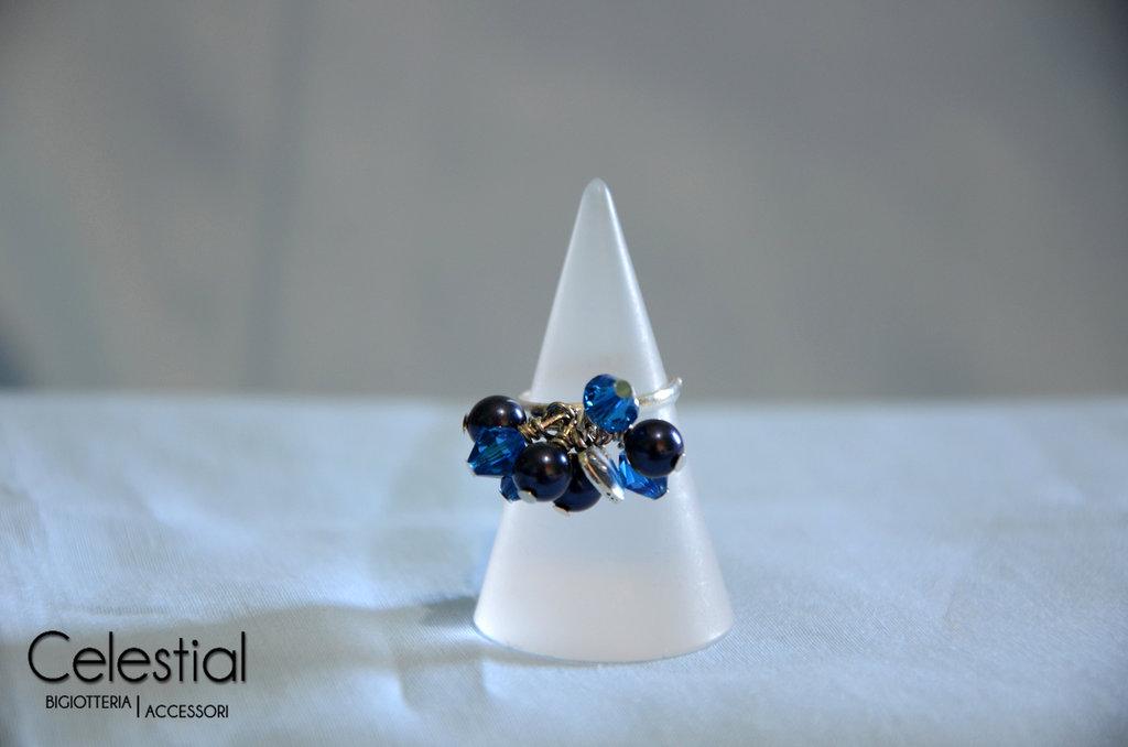 Anello con Biconi e Perle - Night Blue