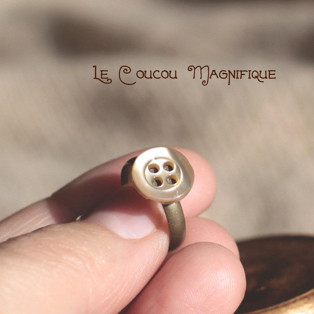 Anello bimba con bottone  in madreperla oro - A.24.2015