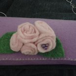 borsetta pochette in feltro lilla