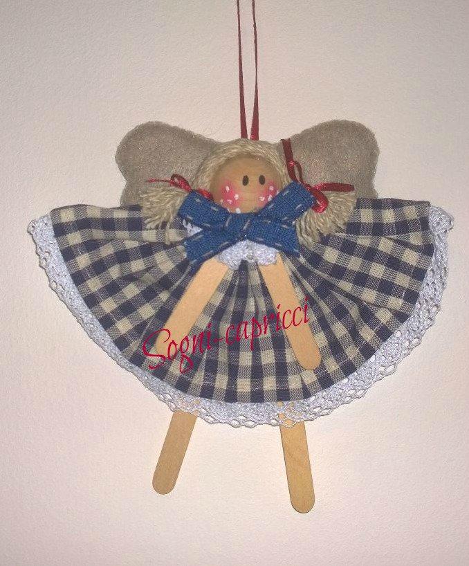 Angeli bomboniere in tessuto e pannolenci con merletto e fiocchetto