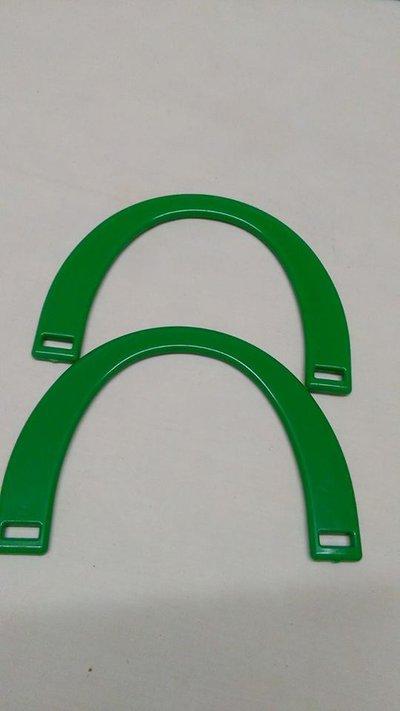 manici mezzaluna verde acceso