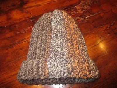 Cappello uomo in lana a uncinetto