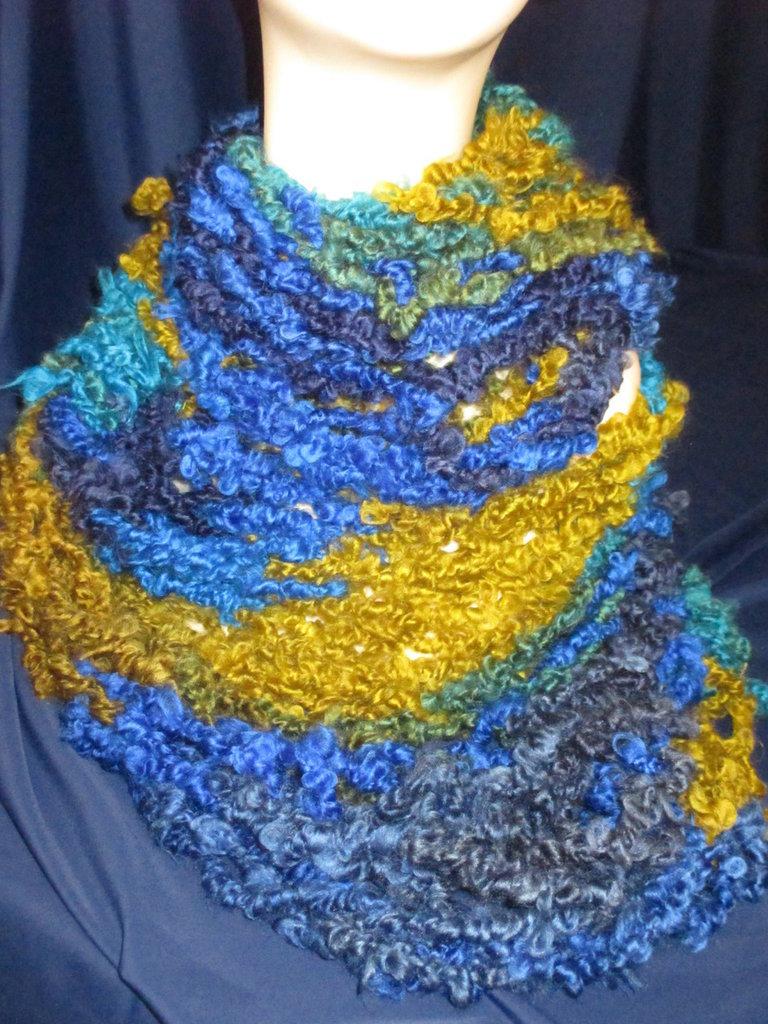 Sciarpa blu e verde arm knitting