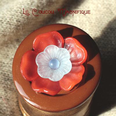 Spilla marrone con fiori vintage -  S.13.2015