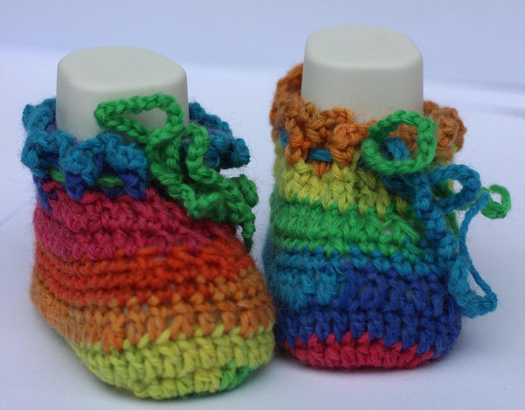 Scarpine da bebè in lana multicolor