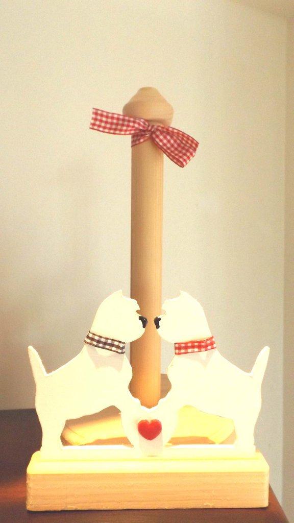 PORTAROTOLO SCOTTEX - in legno laccato - colore LEGNO NATURALE e BIANCO  stile shabby chic   - CANI WESTIE   - no fimo