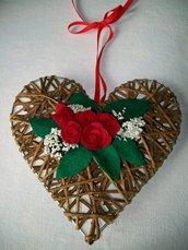 Ghirlanda in vimini a forma di cuore