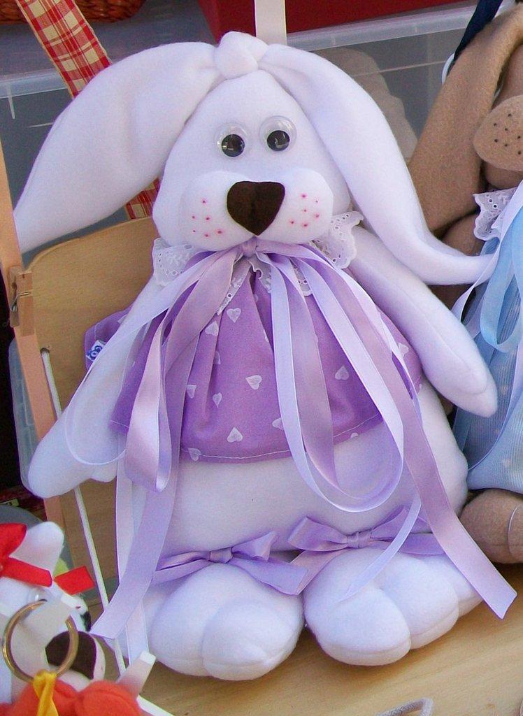 Coniglietto morbidoso in pile