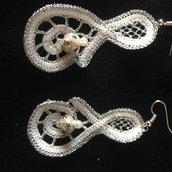 orecchini ad uncinetto rinascimento- chiave di violino