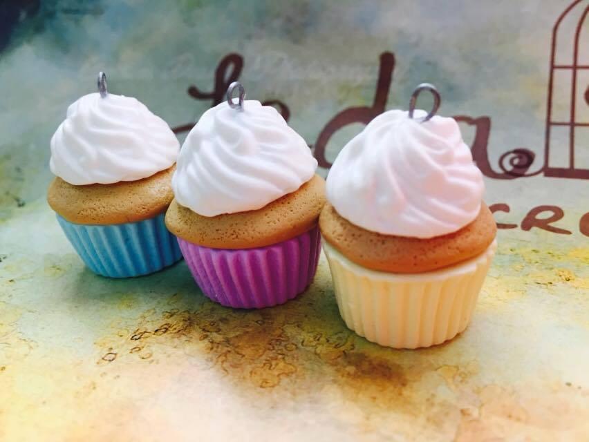Cupcake grande ciondolo in fimo