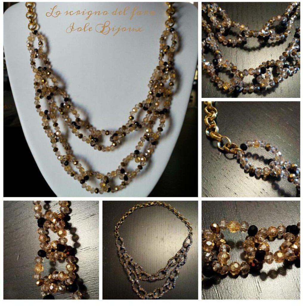 Collana catena di perline e cristalli in vari colori