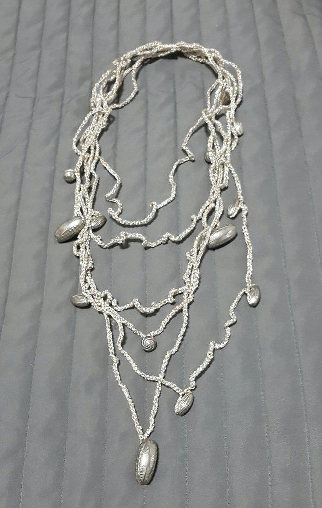 Collana Realizzata Ad Uncinetto E Perle Gioielli Collane Di P
