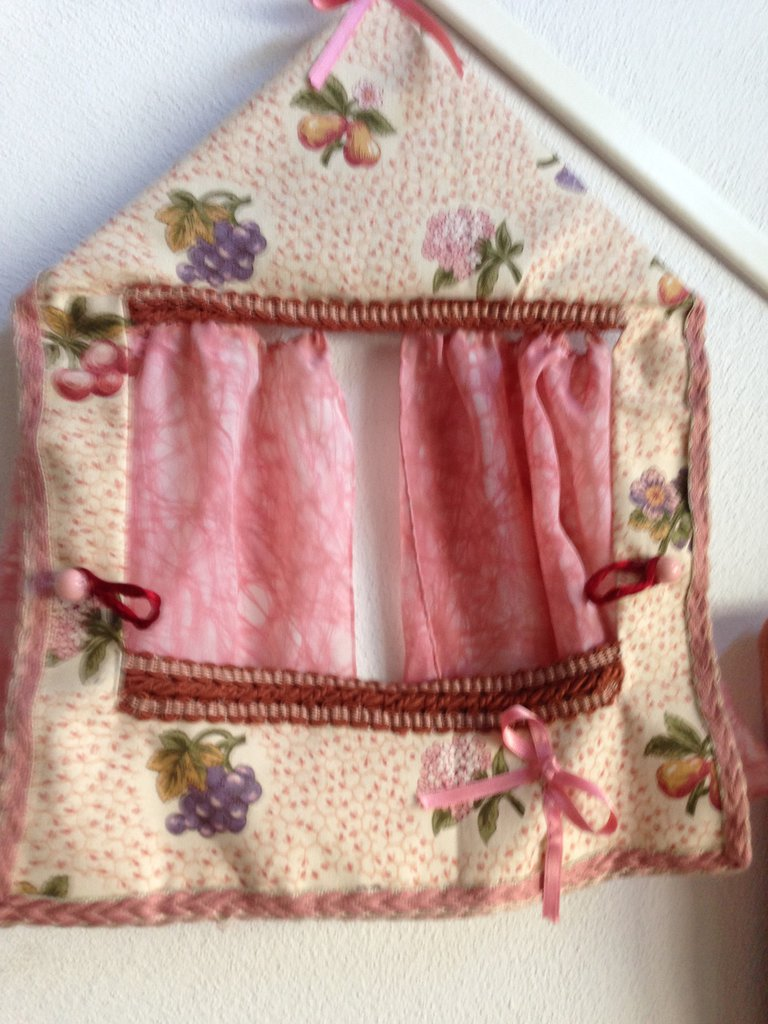 teatrino stoffa rosa per burattini a dito