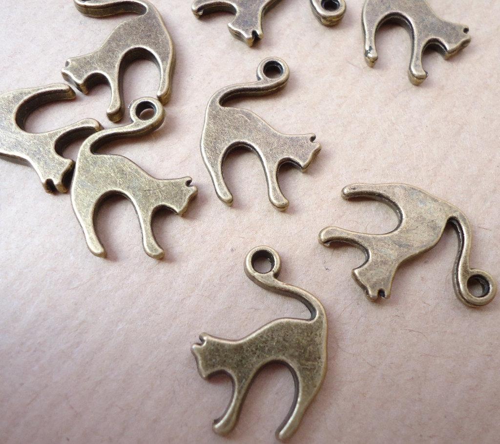 5pz ciondoli GATTO - bronzo cm 1,9