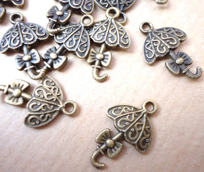 5pz ciondoli OMBRELLO CON FIOCCO - bronzo cm 2
