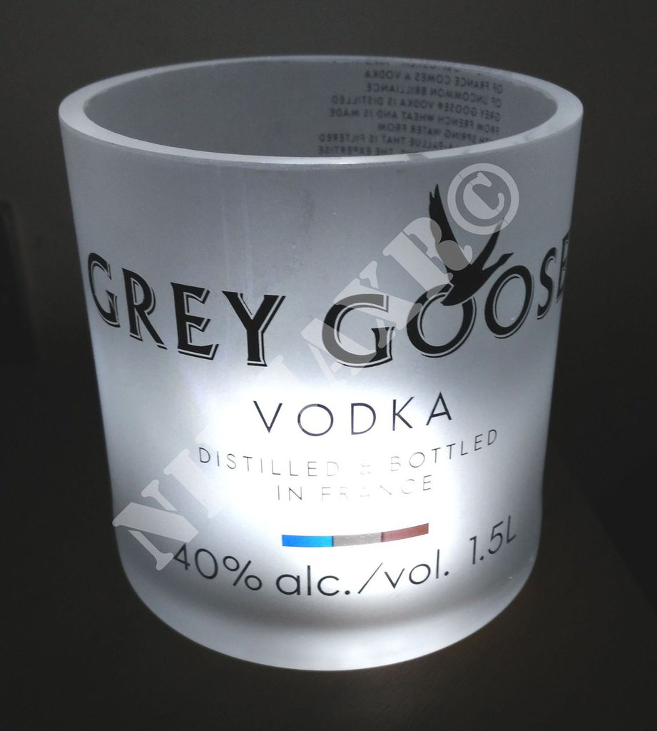 Vaso Grey Goose Lumière Porta Oggetti a Led Limited Edition Magnum 1,5 Litri