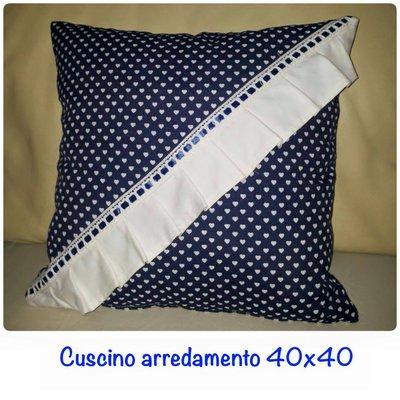 cuscini per divano blu