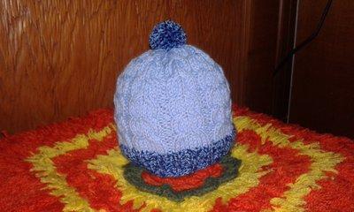 Berretto di lana neonato lavorato a mano