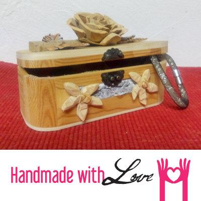 Porta gioielli a cofanetto apribile con rosa per la casa - Porta gioielli fatti in casa ...