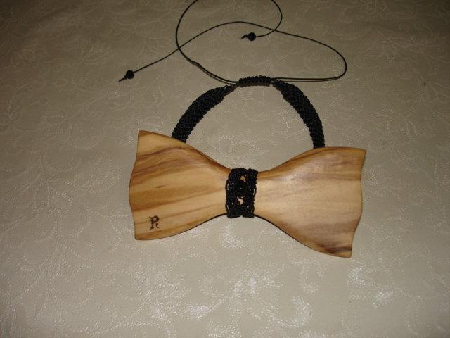 Papillon di legno d'ulivo e macrame'