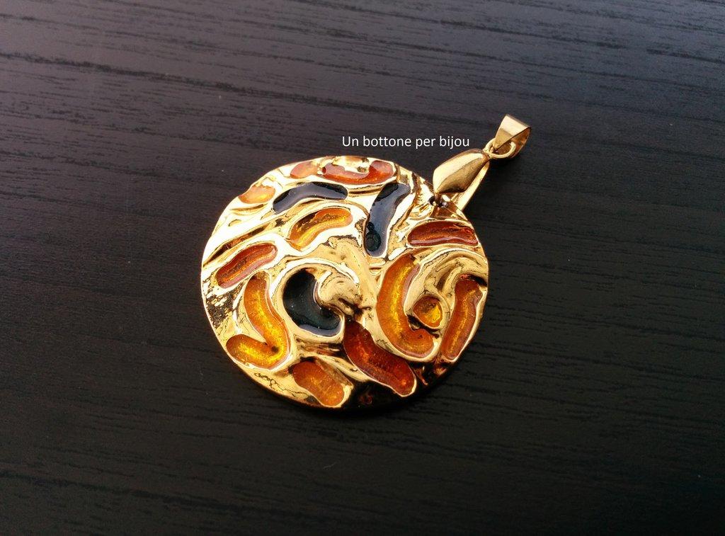 Ciondolo con bottone gioiello in rodio dorato e smalti