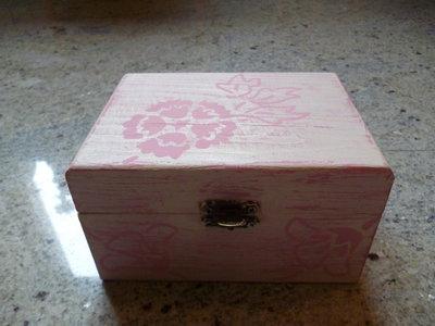 Scatola decoupage Shabby Chic bianco.rosa