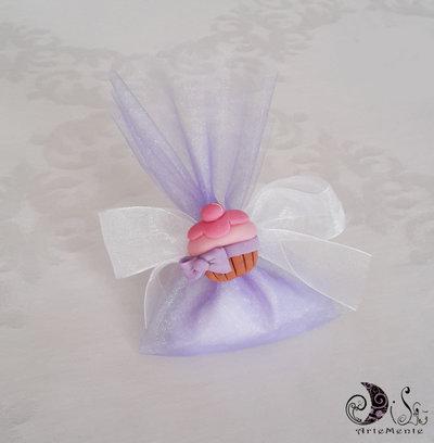 Bomboniera calamita cupcake confezionamento completo portaconfetti organza lilla