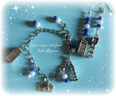 Bracciale charms London e cristalli blu