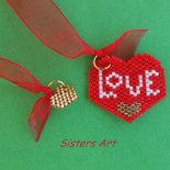 """Segnalibro """"Cuori love"""" con ciondoli realizzati con perline Miyuki delica"""