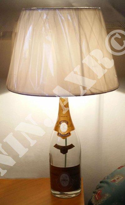 Lampada Bottiglia Cristal Magnum Champagne Louis Roederer Arredo riciclo creativo