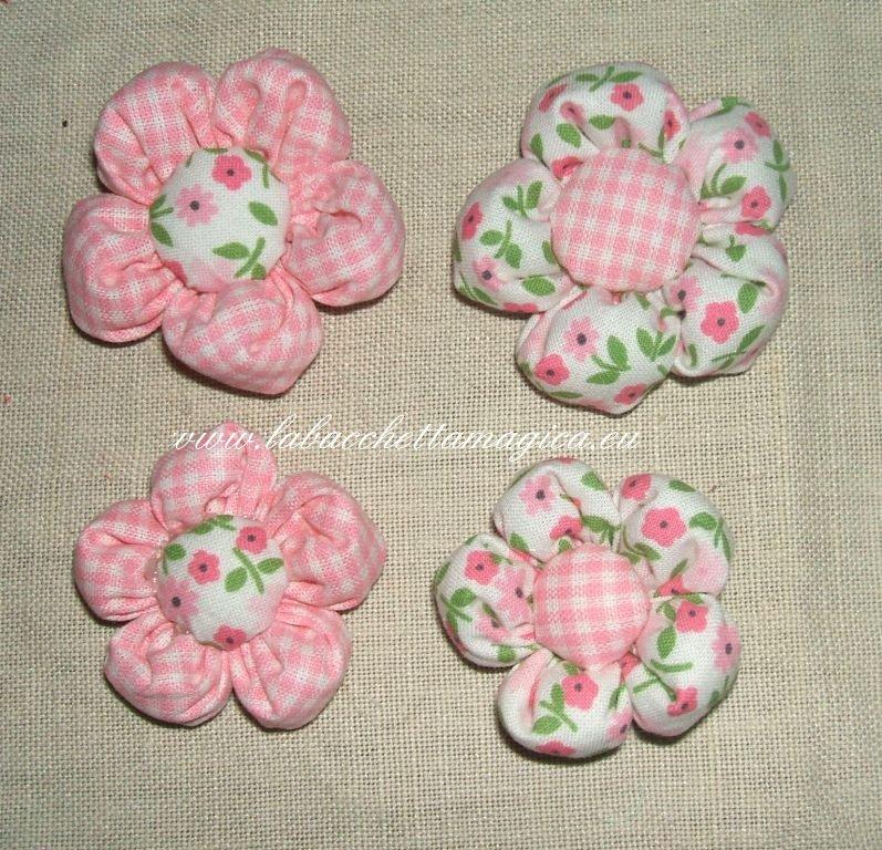 fiori imbottiti in stoffa fantasia per bomboniere o decori