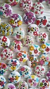 10 bottoni legno fiori 15mm diametro