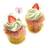 Orecchini Squishy Cupcake con panna, crema, e fragole handmade