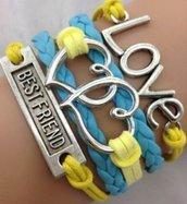 Bracciale colore giallo e azzurro, con charm cuore, simbolo infinito, amore
