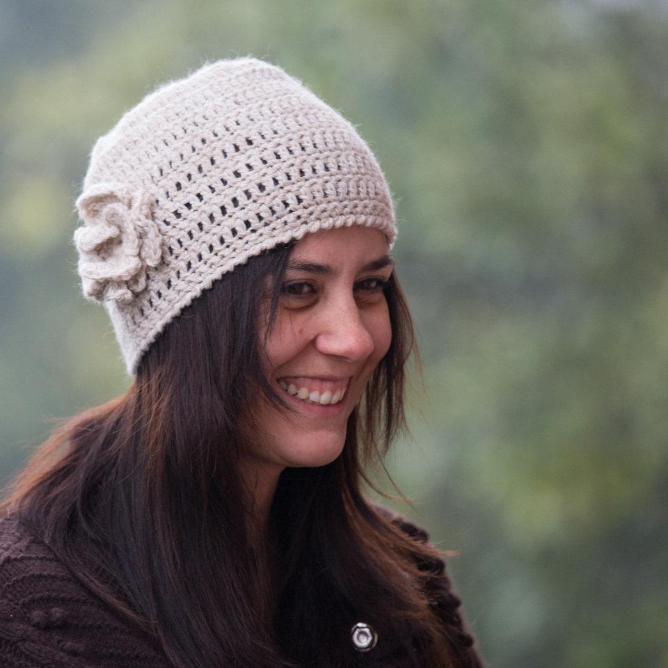 Cappello cloche lana alpaca naturale all'uncinetto