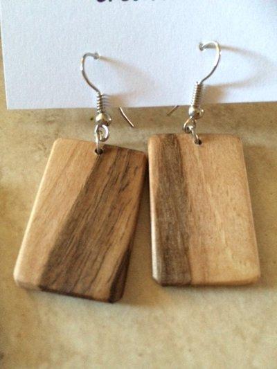 Orecchini in legno