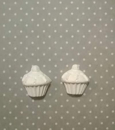 Cup Cake in gesso