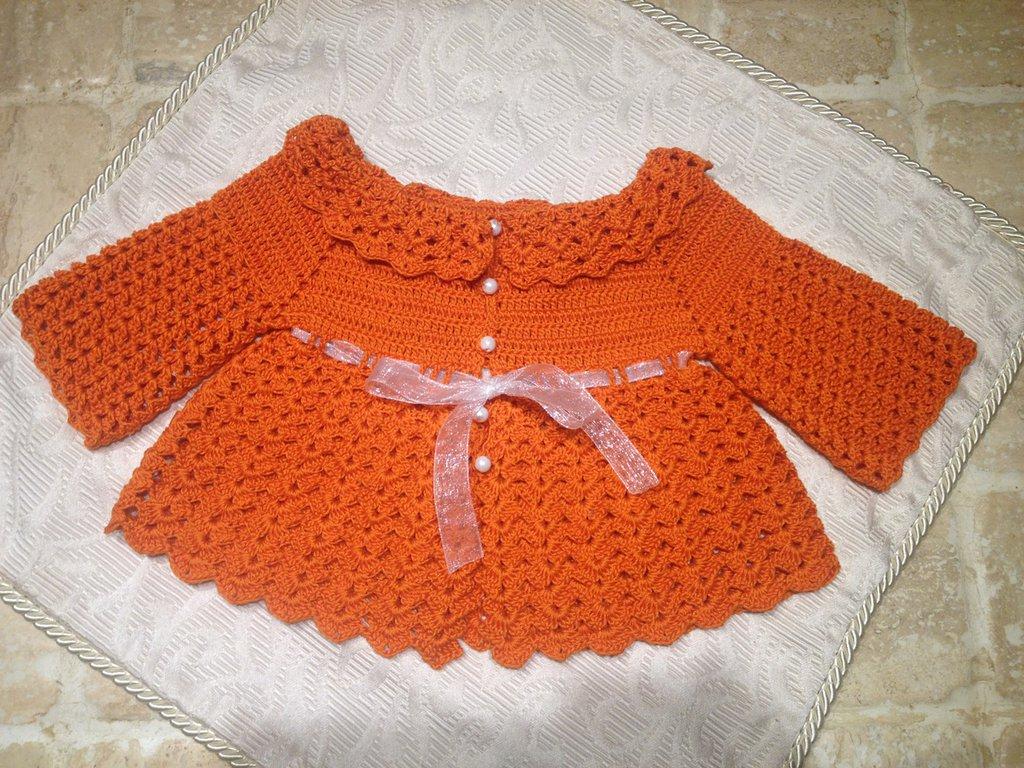Abitino con maniche arancione