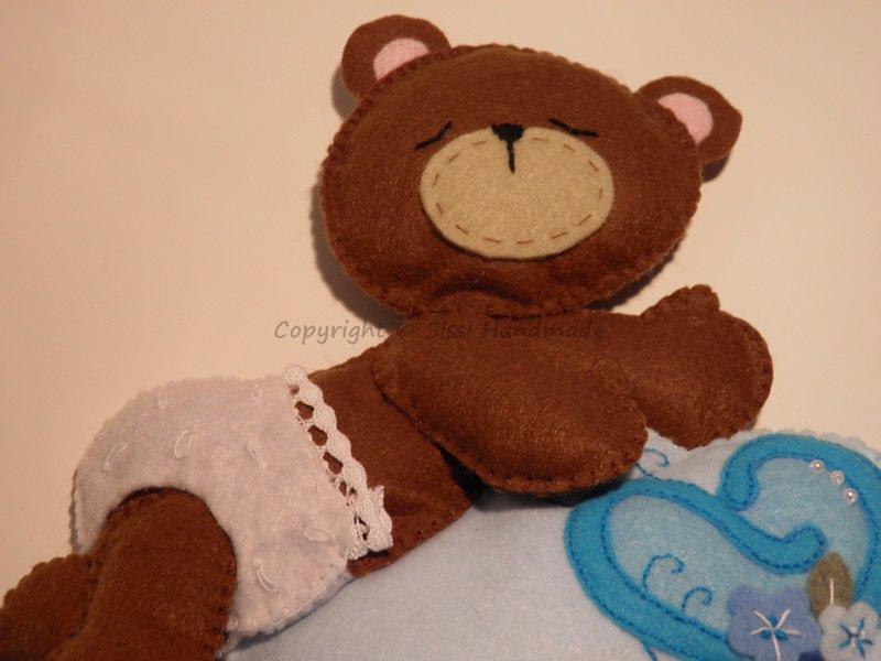 Fiocco nascita in pannolenci con orsetto e nuvola da personalizzare