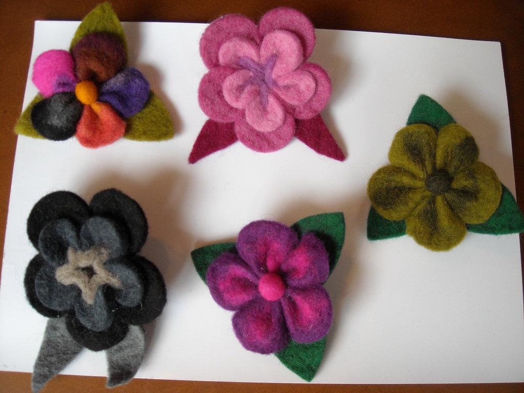 spille lana cotta triangoli o tulipani