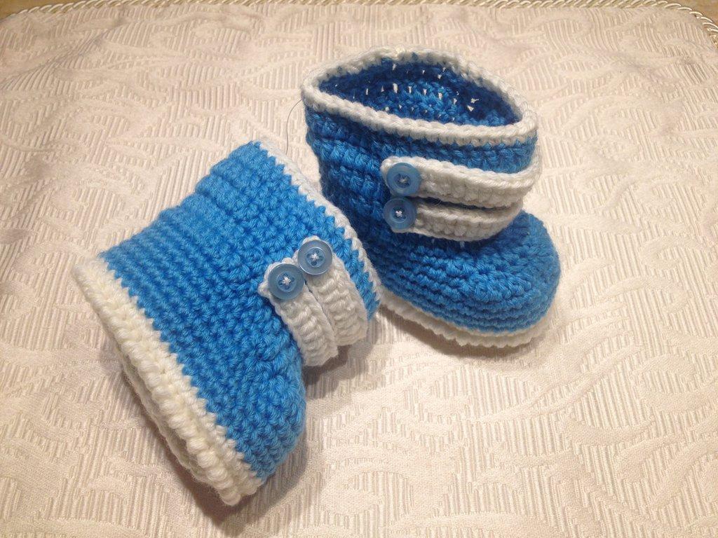 """Scarpine neonato """"Stivaletto Bianco Azzurro"""""""