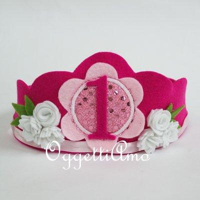 Corona in feltro rosa per la piccola principessa di casa in occasione del suo compleanno!