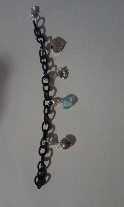 braccialetto Love con catena rivestita di stoffa viola con ciondoli in argento e in vetro
