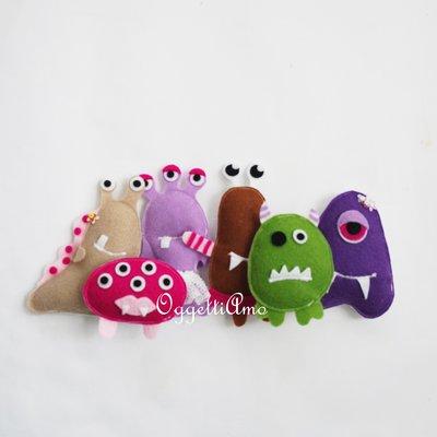 6 Mostriciattoli e mostriciattole in feltro super-colorati come gadget di compleanno per la sua festa a tema Monster & Co.